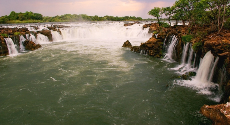 Liuwa: Pearls of Zambia Tour